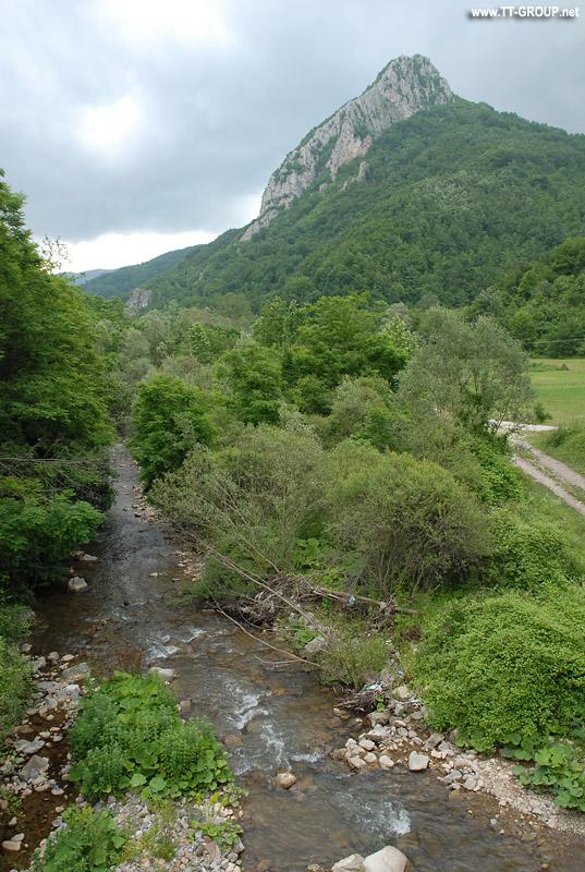 Asenovo kale i reka Blatšnica