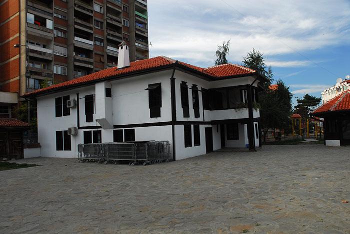 Šop-Đokićeva etno kuća u Leskovcu