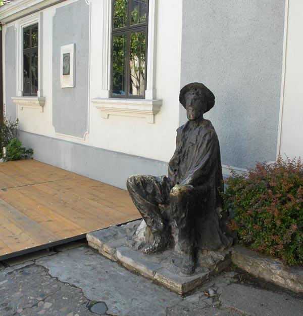 Spomenik Đure Jakšiću na Skadarliji