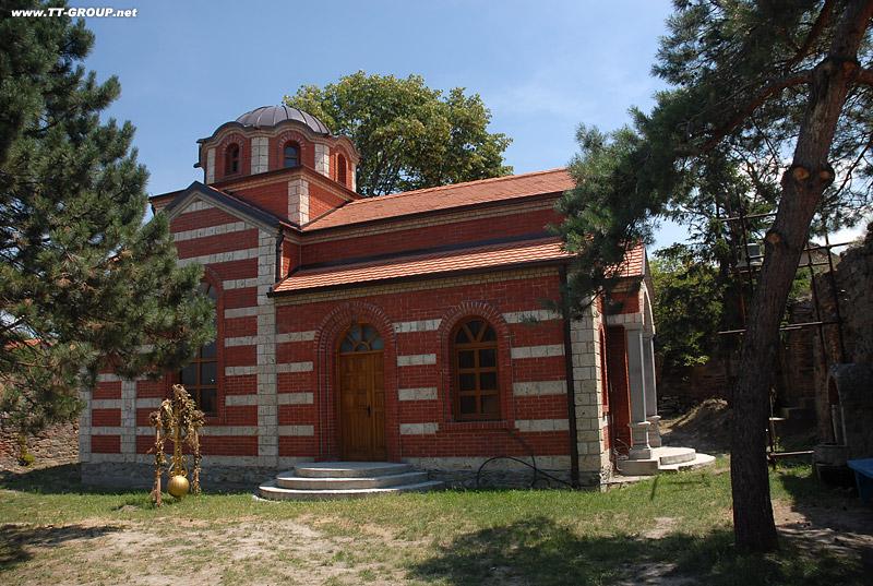 Tvrđave i utvrđeni gradovi Srbije Crkva-Ram