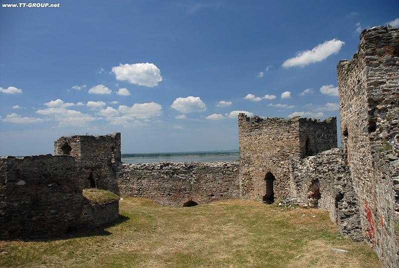 Tvrđave i utvrđeni gradovi Srbije Ram-unutra
