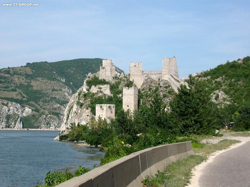 Tvrđave i utvrđeni gradovi Srbije Golubac-Danube