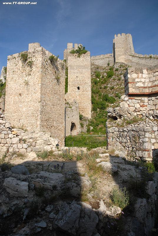 Tvrđave i utvrđeni gradovi Srbije Golubac-Fortress
