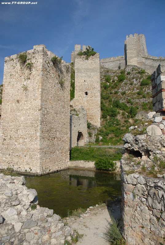 Tvrđave i utvrđeni gradovi Srbije Golubac-tvrdjava