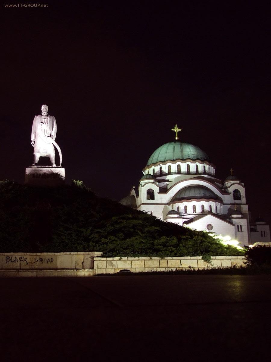 Karađorđe ispred Hrama