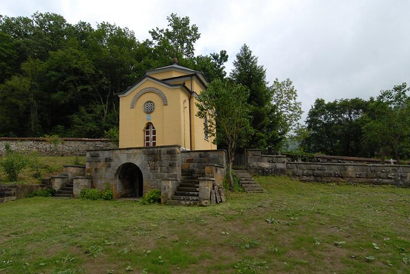 Mala crkvica pored