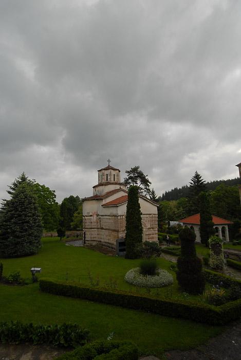 Idilična pozicija manastira