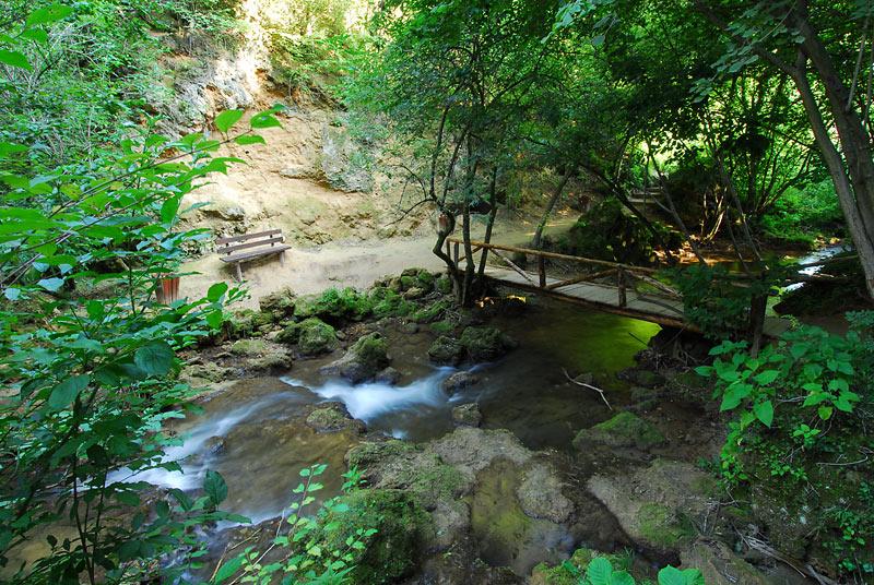 Most na potoku
